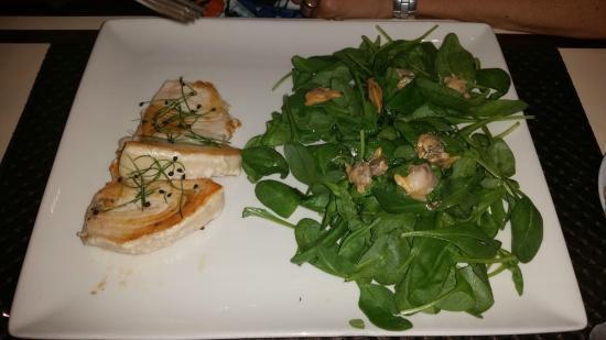 Filetto di pesce spada alla griglia con contorno di - La cucina con vista ...