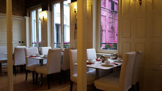 La Legende Hotel: Sala restaurante del hotel