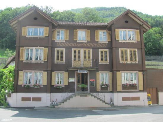 Schwyz, Schweiz: Restaurant Bauernhof, Seewen SZ