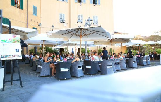 Terrazza Cafè Latino - Picture of Cafe Latino, Alghero - TripAdvisor