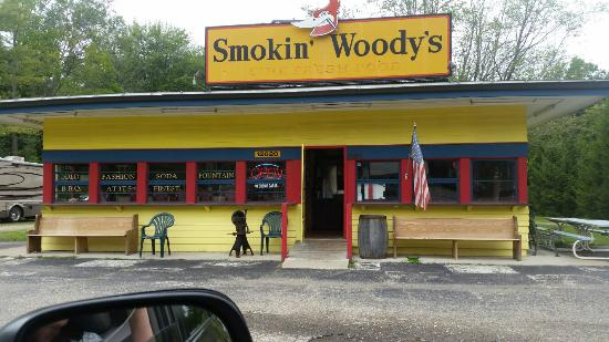 Smokin Woody's