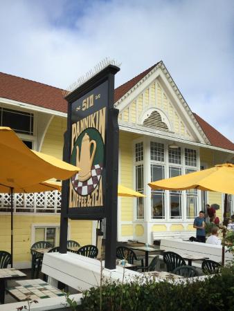 Pannikin Encinitas Cafe: Pannikin - Front View