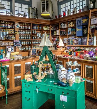 Pannikin Encinitas Cafe: Retro Candy and Coffee store area