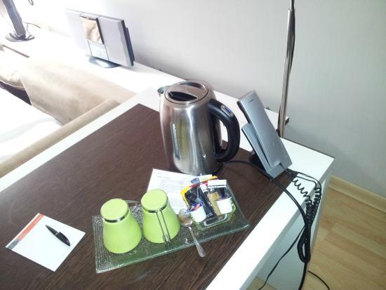 Hotel Rekord: Cafetera de cortesia