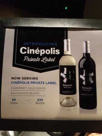Jupiter, FL: Cinepolis wine