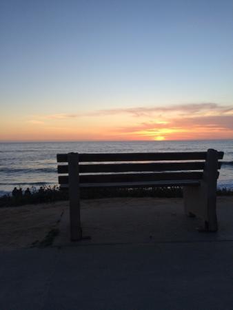 Holiday Inn Express La Jolla: Sunset over Windansea Beach at Neptune