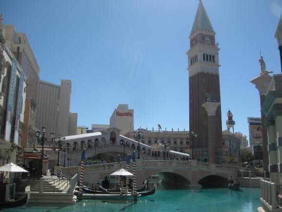 Казино венеция адрес способы игры в казино видео