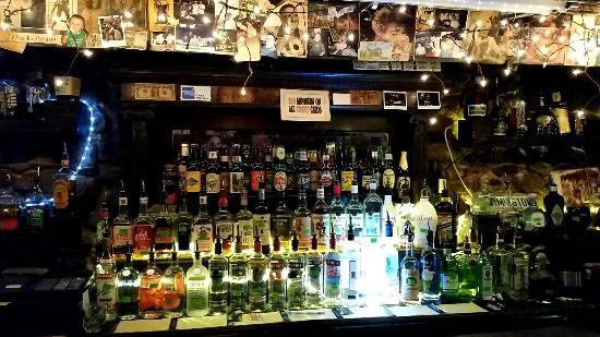 Lula's A Pub