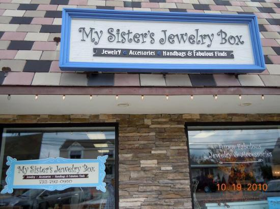 Lavallette, NJ: My Sister's Jewelry Box