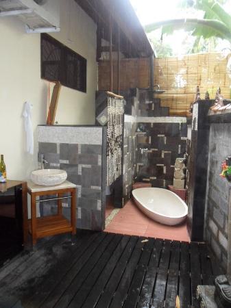 LadyBamboo Villa: Das bad