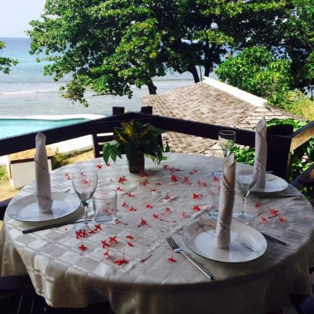 The Resort at Wilks Bay: Meals with a killer view