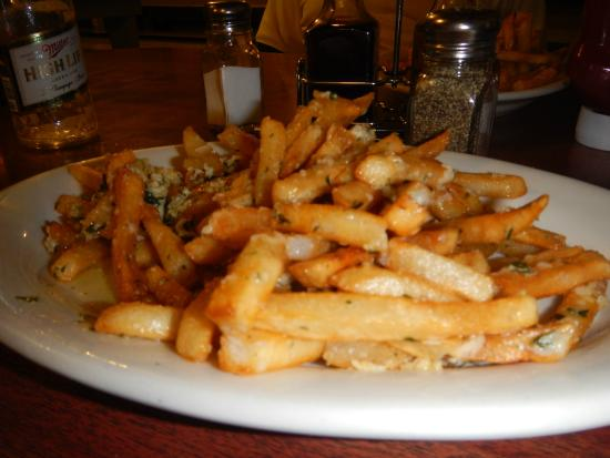 Walnut Grove, CA: Garlic Fries