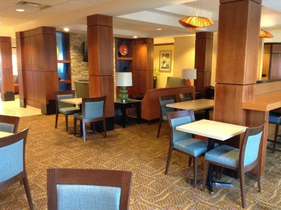 Fairfield Inn & Suites Sault Ste. Marie : The Breakfast Area