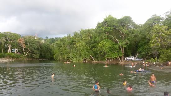 Pavones, Kosta Rika: River