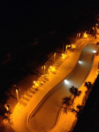 Calypso Resort & Towers: Our night pool view