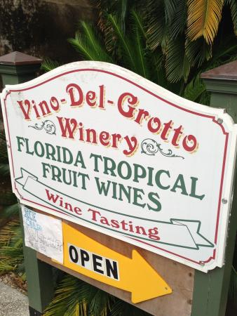 Vino Del Grotto Winery