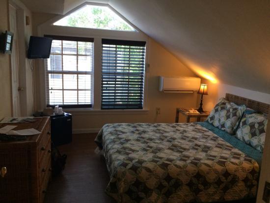 L'Habitation: Our room :)