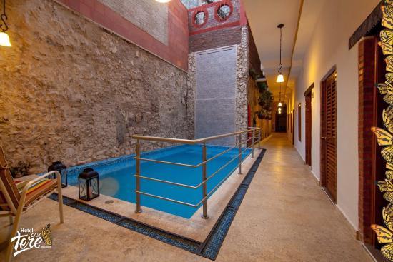 Hotel casa tere cartagena colombia opiniones y for Piscina moderna