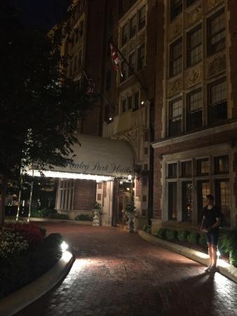 The Henley Park Hotel: photo1.jpg