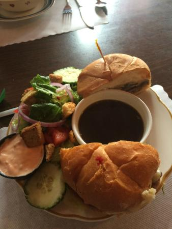 Coyote Pass Cafe : hamburger