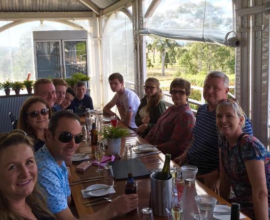 Albert River Wines: Lunch on the deck