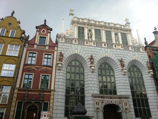 King Arthur's Court (Dwor Artusa): Exterior da Corte