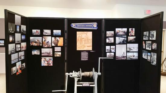 Reedville, VA: Oyster Dredging Exhibit