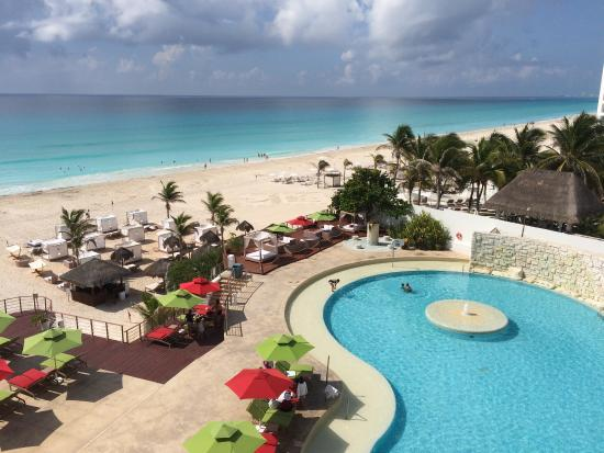 picture of sunset royal beach resort cancun. Black Bedroom Furniture Sets. Home Design Ideas