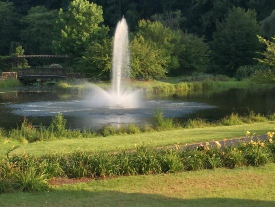 Fountain At Lake Caroline, Meadowlark Botanical Gardens