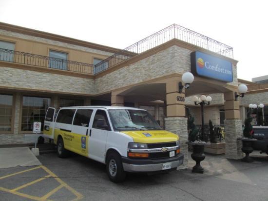 Comfort Inn Toronto Airport: Comfort Inn & Airport Shuttle