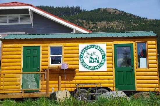 Aardvark Juice Bar Picture Of Aardvark Express Snoqualmie Pass