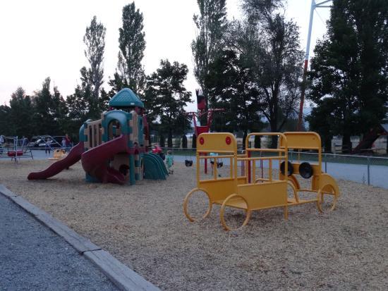 Spokane KOA : Playground