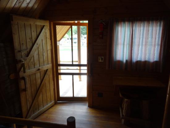 Spokane KOA : 1 room Kabin.
