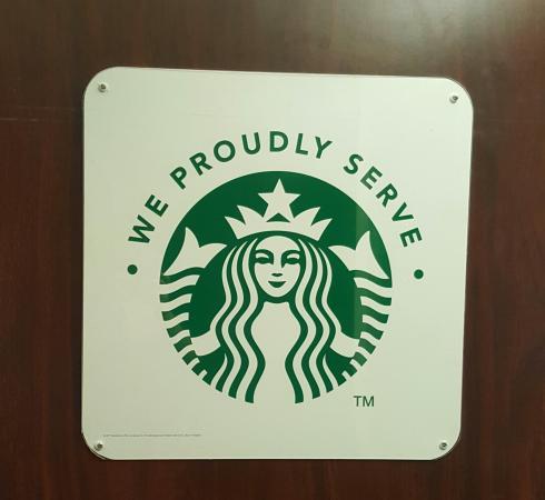 Courtyard Hartford Manchester: They have Starbucks!