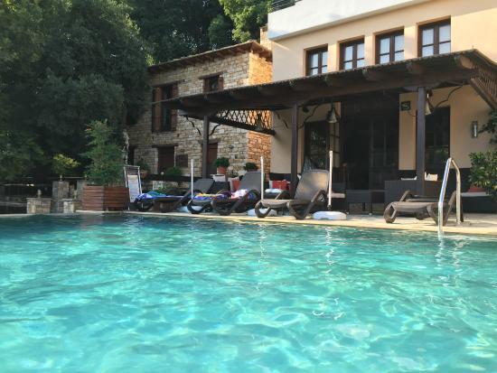 Hotel Dryalos