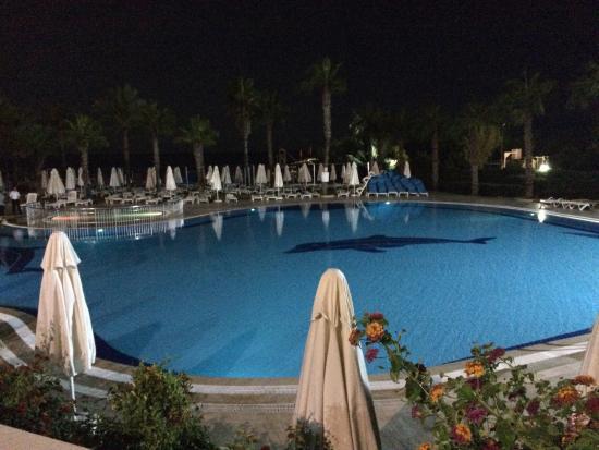 Cesars Resort Side : photo5.jpg