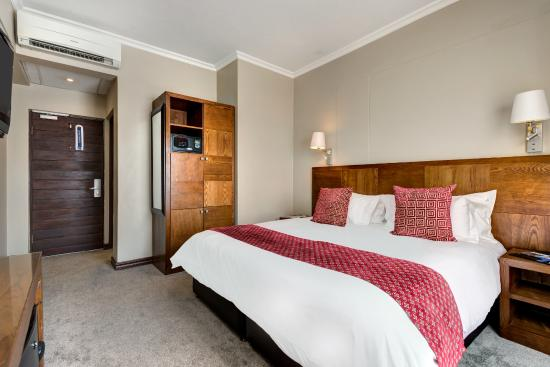 โรงแรมโพรทีโฮเต็ลแฮทฟิลด์: Standard King Room