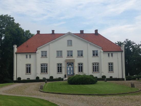 Hotel & Gastehaus Gut Kaden