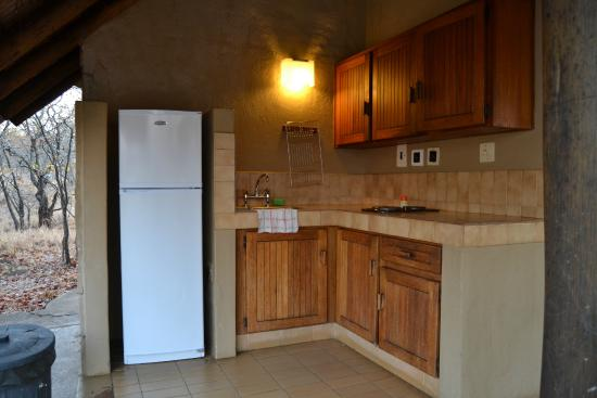 Mopani Rest Camp: The kitchen area