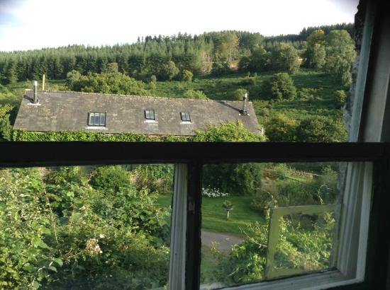 Erwood, UK: Morning view rolling hills