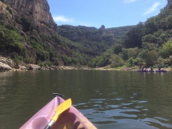 Gorges de l'Ardèche: Kayaking down the Ardeche