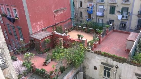 Hotel Nettuno : Крыши Неаполя