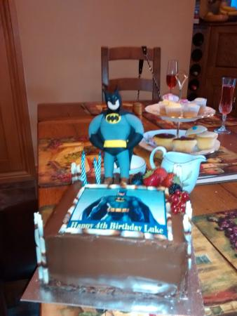 Wondrous Batman Birthday Cake Picture Of Zest Ennis Tripadvisor Personalised Birthday Cards Veneteletsinfo