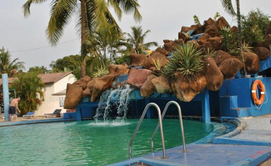 Paradise Village Beach Resort: 7