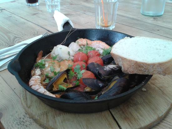 The Raft: Fishy pan