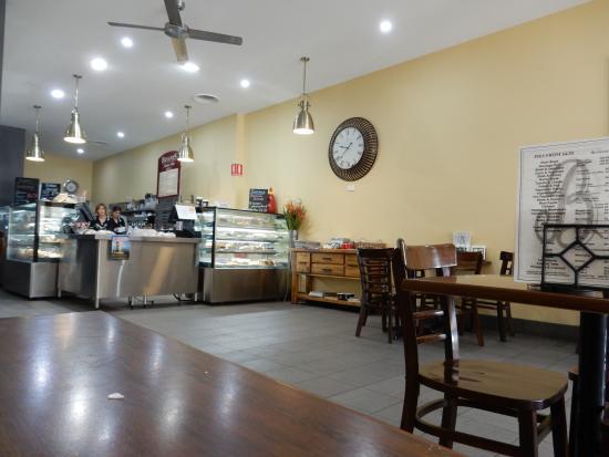 Bryant's Bakery Cafe : Cafe interior