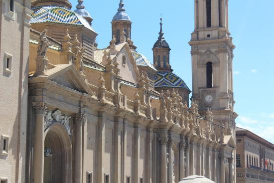 Devant - Picture of Basilica de Nuestra Senora del Pilar, Zaragoza - TripAdvisor