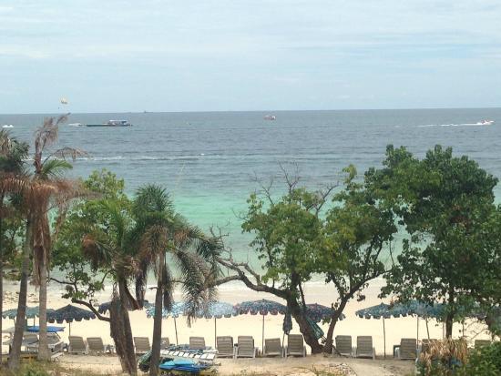 Koh Lan (Coral Island): Beach on Koh Lan