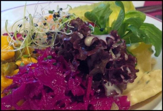 Hotel Oberland Restaurant: Salad