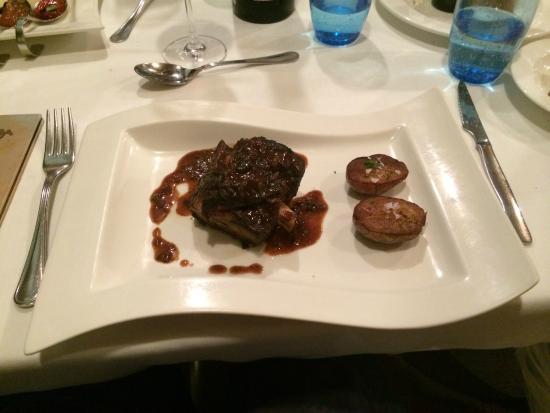 Mas Rosello: Ребрышки в пивном соусе